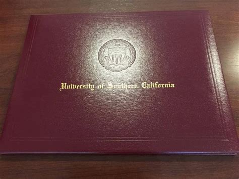 DEN Diploma Covers - USC Viterbi   Current Students
