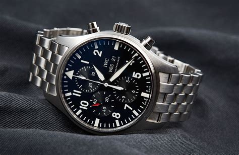 2016 IWC Pilot's Chronograph Soars to New Heights – Hands