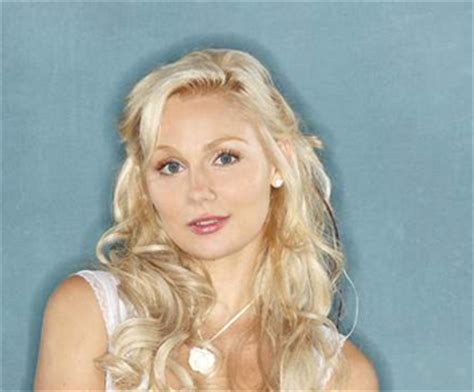 Clare Bowen At Grand Ole Opry