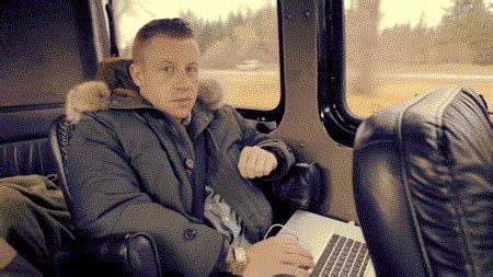 Thriftshop GIFs - Find & Share on GIPHY