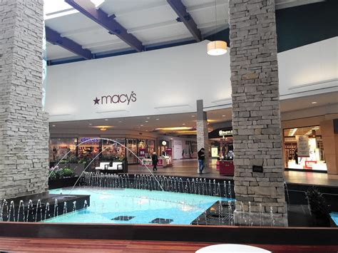 Mayor optimistic West Dundee's Macy's will stay open