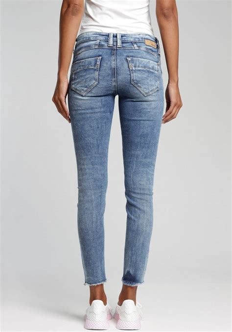 GANG Skinny-fit-Jeans »Nena Cropped« mit Destroyed