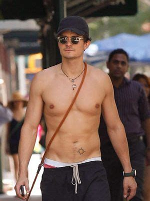 Orlando Bloom Body Measurements Height Weight Shoe Size