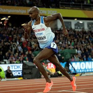 UK officials wait to see how Farah fares in marathons