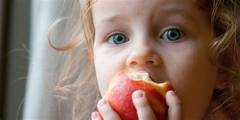 Stop Worrying About Feeding Your Kids Organic Fruit | HuffPost