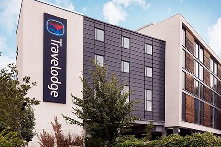 Cheapest Hotel For Terminals 2 or 3 Heathrow - Travelodge