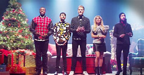 Pentatonix Perform A Cappella 'That's Christmas To Me