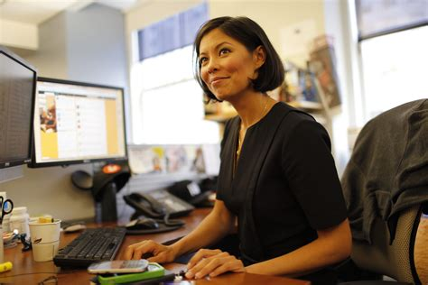 Alex Wagner answers burning midterm (and Halloween